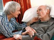 Bir Alzheimer hastasıyla yaşamanın zorlukları neler?