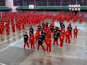 Hapishanede Gangnam Style!