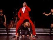 Madonna ve PSY'dan Gangnam Style!