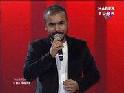 Ahmet Kaya şarkısıyla büyüledi!
