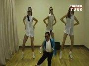 Alex Sotomayor'dan Gangnam Style!