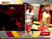 Drogba ve Eboue'den şampiyonluk dansı