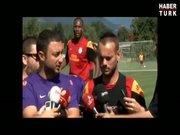 Drogba, canlı yayında Sneijder'e yapmadığını bırakmadı!