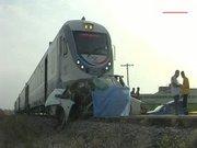 Yolcu treni pikabı biçti: 2 ölü