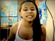 Genç kızın yatak odasında çekilen görüntüleri izlenme rekoru kırdı