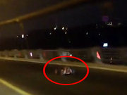 Boğaziçi Köprüsü'nde oyuncak araba!