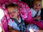 Uyuyan bebeği böyle uyandırdılar