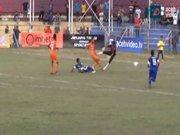 Futbol sahasında şoke eden ölüm!