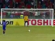 Çok ilginç penaltı atışı!
