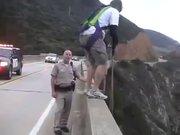 Köprüden böyle atladı
