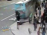 Korkunç otobüs kazası