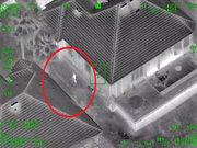 Polis helikopterine lazer tutunca