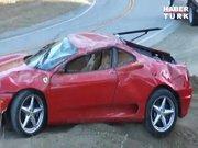Ferrari hurdaya döndü!