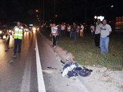 Antalya'da 8 aylık bebeğiyle bir kadına araba çarptı