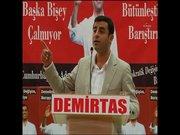 Demirtaş TRT mikrofonuyla seslendi