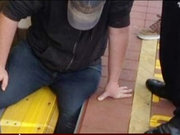 Metroda inanılmaz kaza