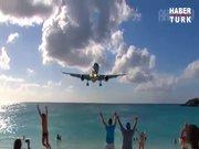 Dikkat başınızı uçağa çarpmayın!