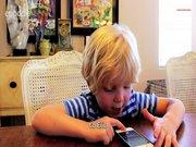 5 yaşındaki çocuğun ilk 'Siri' keşfi