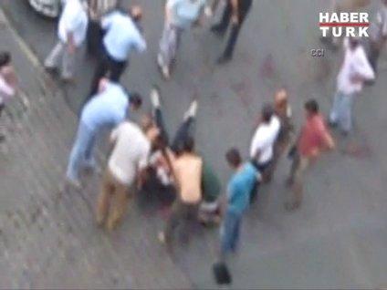 Bahçelievler'de polise silahlı saldırı