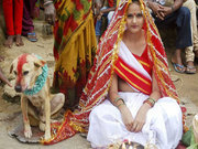 18 yaşındaki kız köpekle evlendi