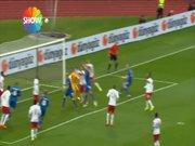 İzlanda 1-0 öne geçti