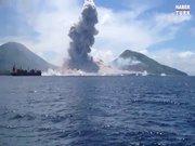 Volkanın saniye saniye patlama anı!