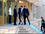 John Kerry'nin ekibiyle 'kapı' krizi