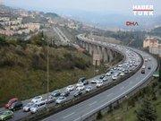 Tem Otoyolu'nda İstanbul'a dönüş yoğunluğu başladı!