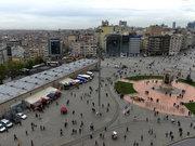 """""""Taksim Meydanı çirkindir"""""""