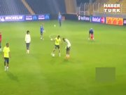 Neymar Kadıköy'de rezil oldu!