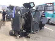 Özel Harekat aracı kaza yaptı