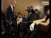 Belçika Başbakanı, mayonezli saldırı