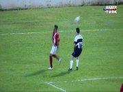 Neymar öyle bir çalım attı ki!