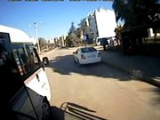 Halk otobüsünde kavga
