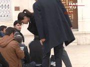 Başbakan, Cuma namazını Atatürk Havalimanı'ndaki camide kıldı