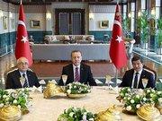 Saray'da başkanlara yemek