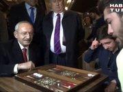 Kılıçdaroğlu'ndan gençlere sürpriz!