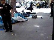 ABD polisi evsiz adamı böyle öldürdü!