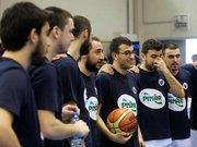 Otizmli Doruk'tan hayata basket