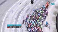 /video/spor/izle/tur-2015te-kavga-ani-51-cumhurbaskanligi-bisiklet-turunda-5-etap-kosulurken-iki-bisikletci-kavgaya-tutustu-iste-o-goruntuler/139810
