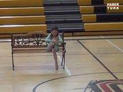 Engelli kızdan müthiş dans!