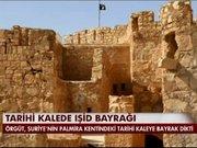 Tarihi kalede IŞİD bayrağı