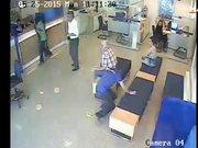 Bankayı soyguncuları 2 saat kaçabildi