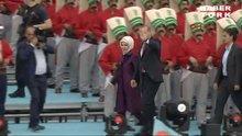 /video/haber/izle/istanbulun-fethinin-562-yili-kutlamalari/141649