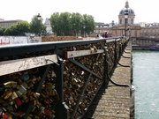 Aşıklar başka köprüye... Asırlık gelenek yasaklandı